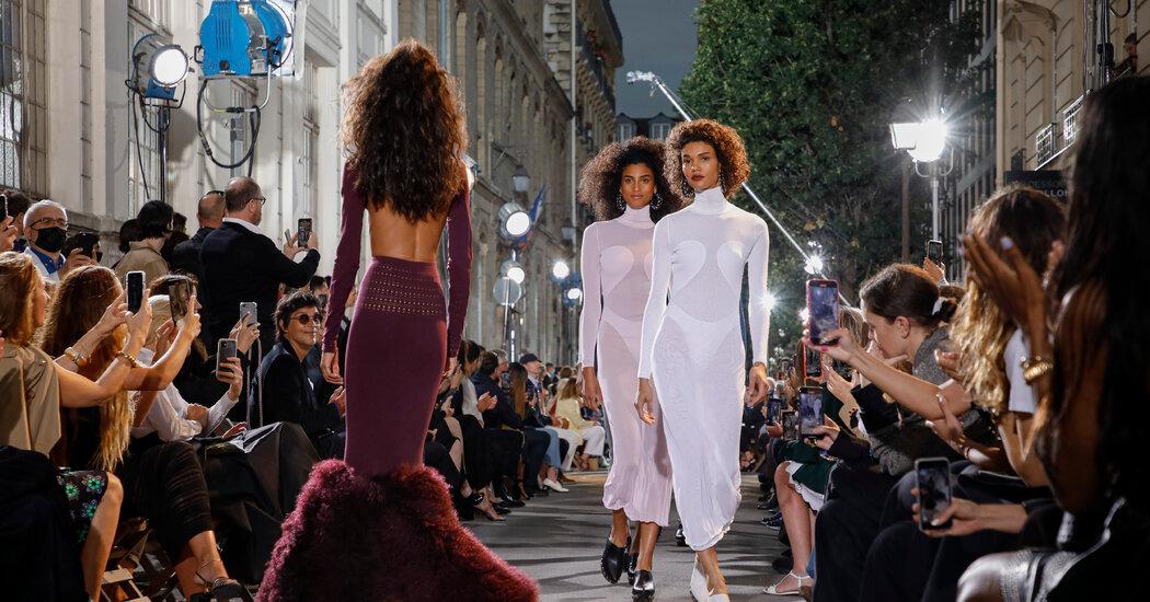 Hello, Paris Fashion! Couture Returns With Pieter Mulier's Alaïa Debut