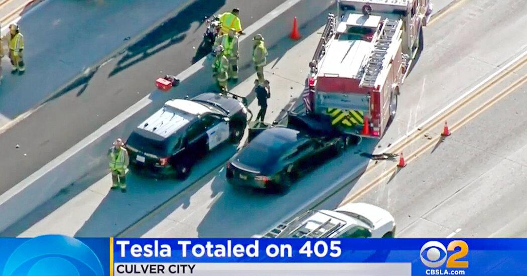 Tesla Autopilot Faces U.S. Inquiry After Series of Crashes