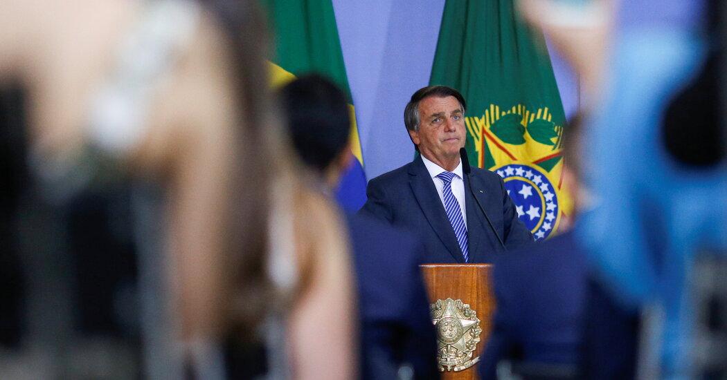 Bolsonaro's Ban on Removing Social Media Posts Is Overturned in Brazil